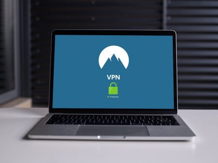 Varför ska du definitivt ha en VPN-applikation installerad år 2021?